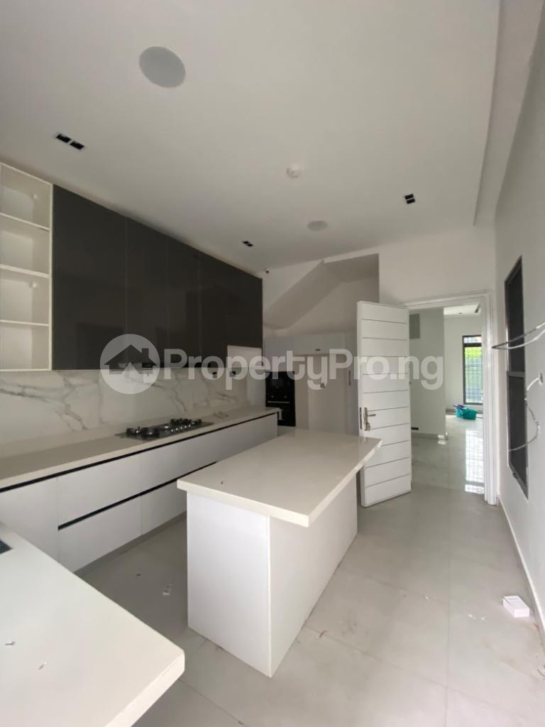 4 bedroom Terraced Duplex for rent Lekki Phase 1 Lekki Lagos - 10