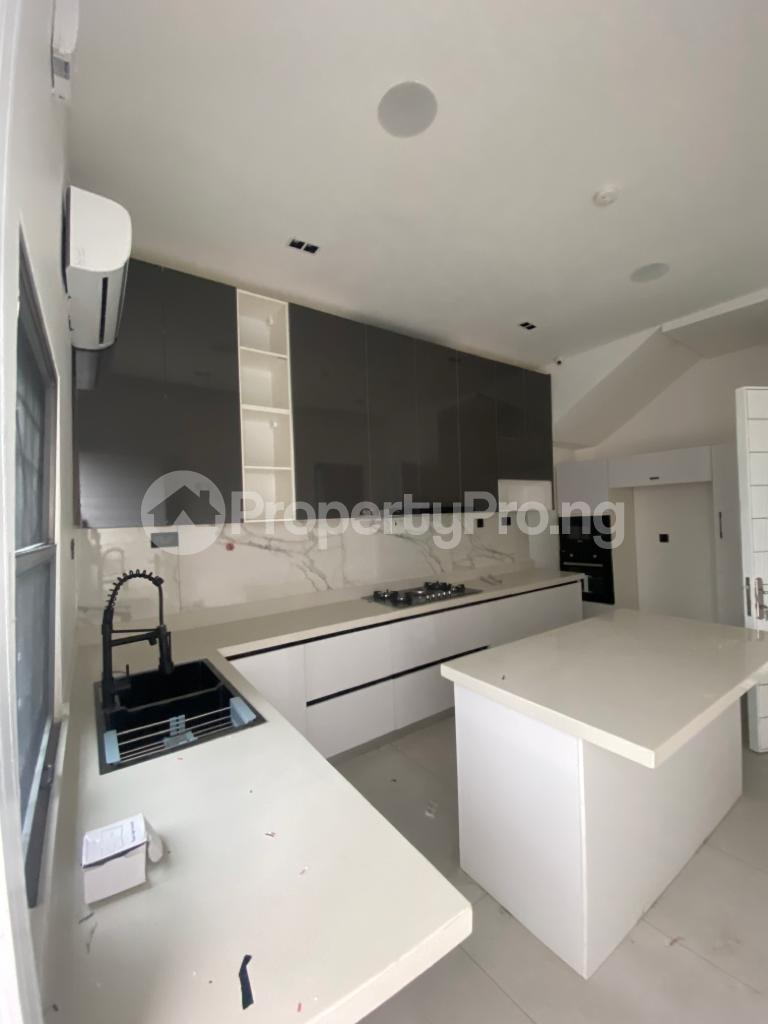 4 bedroom Terraced Duplex for rent Lekki Phase 1 Lekki Lagos - 14