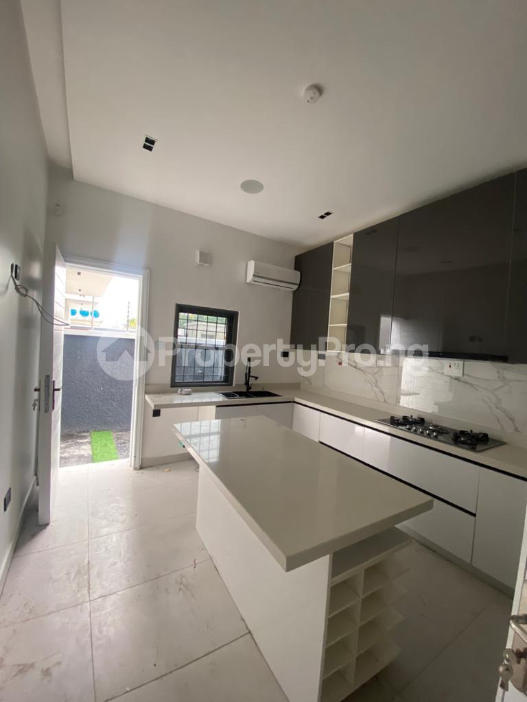 4 bedroom Terraced Duplex for rent Lekki Phase 1 Lekki Lagos - 17