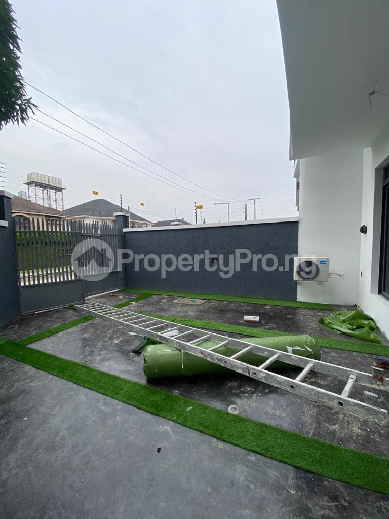 4 bedroom Terraced Duplex for rent Lekki Phase 1 Lekki Lagos - 15