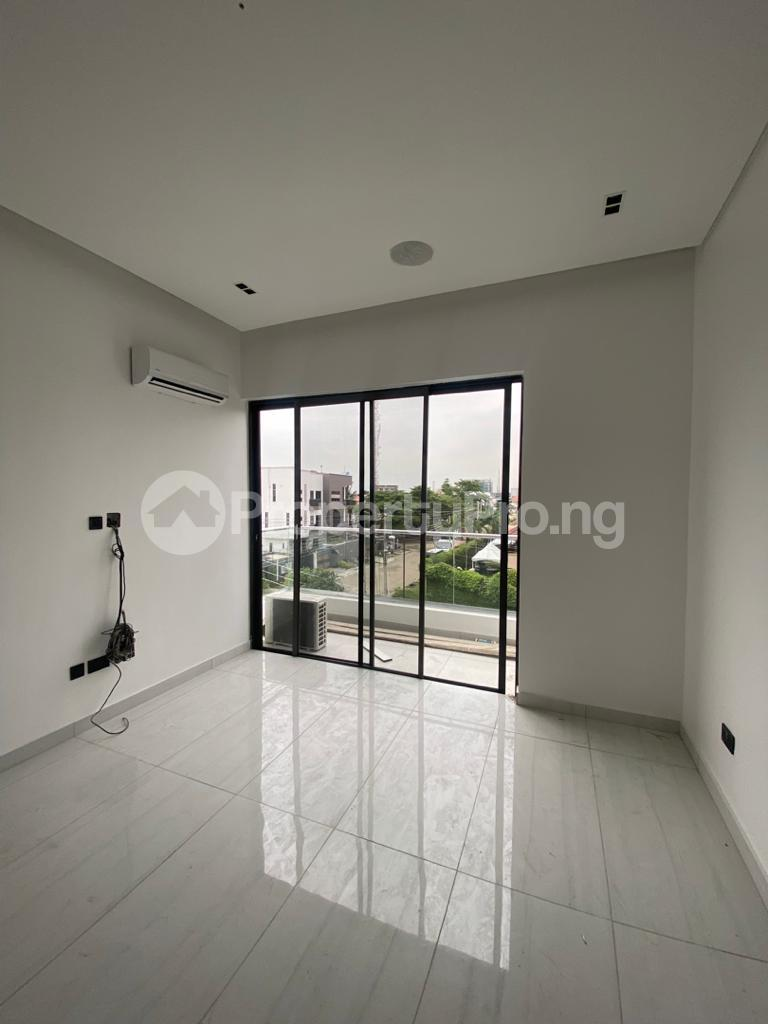 4 bedroom Terraced Duplex for rent Lekki Phase 1 Lekki Lagos - 5