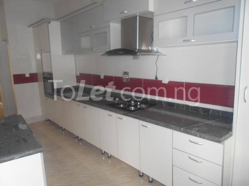 4 bedroom House for sale ologolo Agungi Lekki Lagos - 14