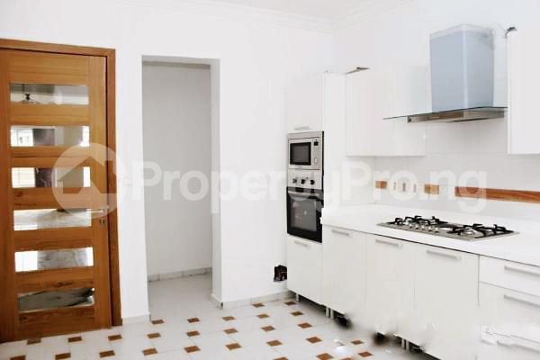 4 bedroom Semi Detached Duplex House for rent Lekki Phase 1 Lekki Lagos - 15