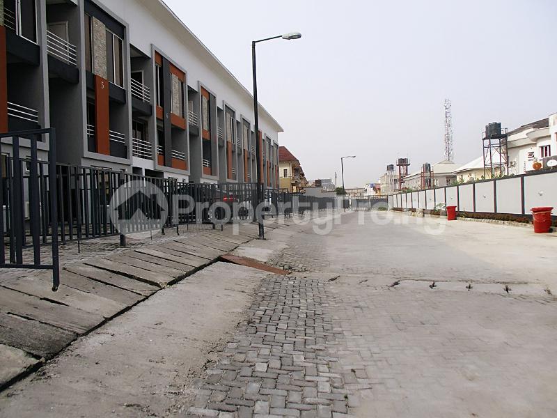 4 bedroom Semi Detached Duplex House for rent Lekki Phase 1 Lekki Lagos - 16