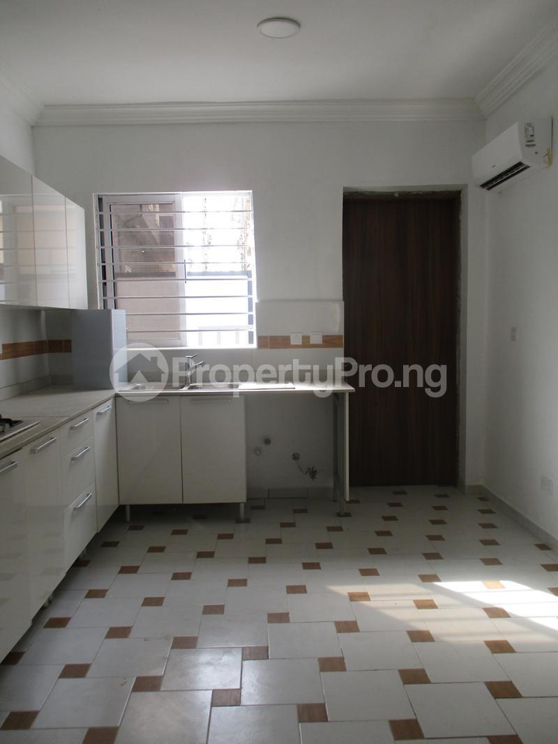 4 bedroom Semi Detached Duplex House for rent Lekki Phase 1 Lekki Lagos - 7