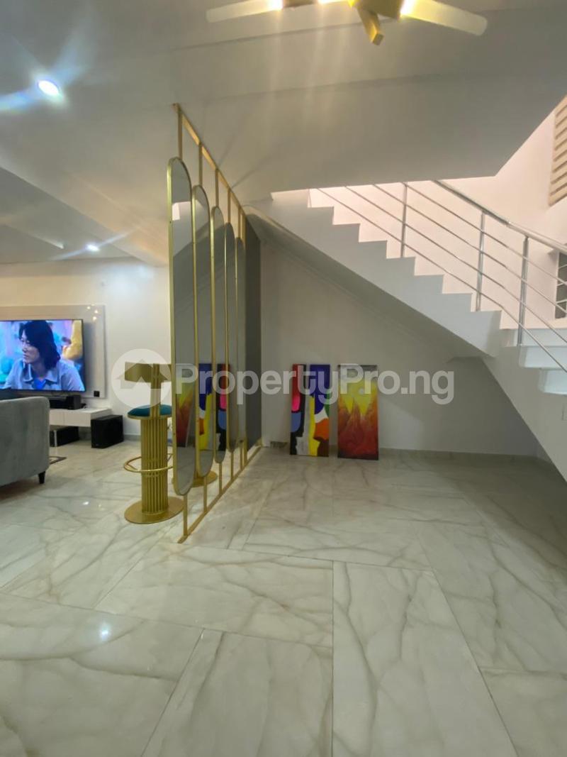 Semi Detached Duplex House for shortlet VI  ONIRU Victoria Island Lagos - 4