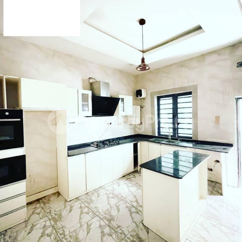 4 bedroom Semi Detached Duplex for rent Chevron Lagos Island Lagos Island Lagos - 9