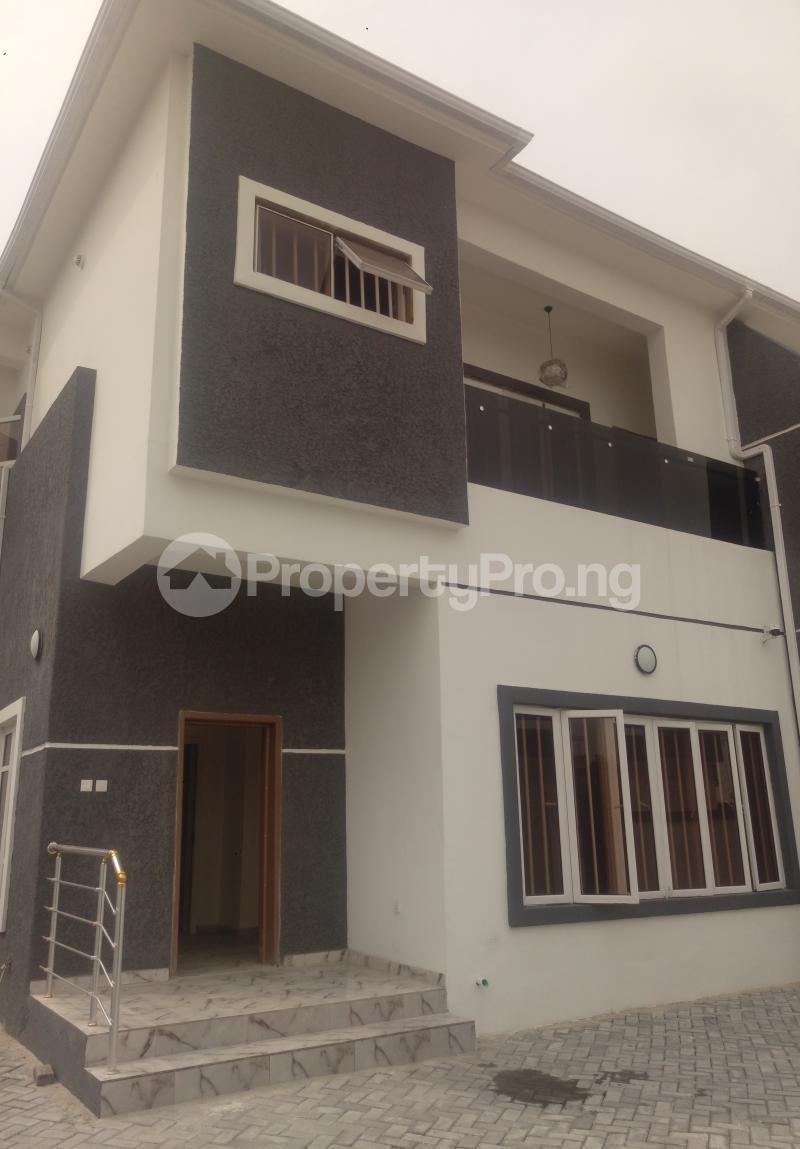 4 bedroom Semi Detached Duplex House for sale White Oak Estate Ologolo Lekki Lagos - 15