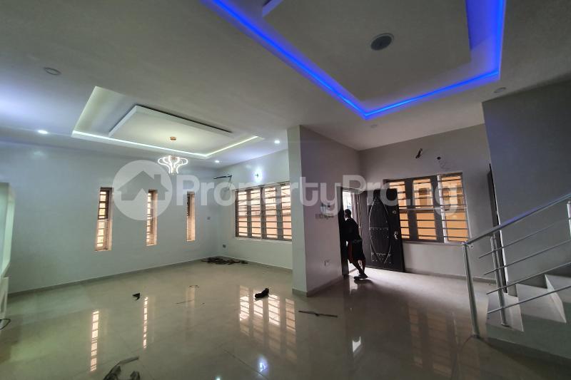 4 bedroom Semi Detached Duplex House for sale Osapa Axis Lekki Lagos - 5