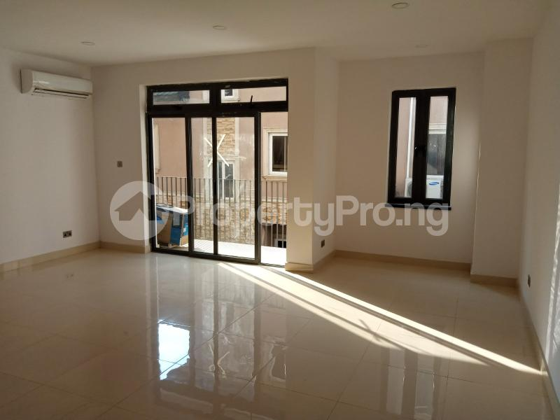 4 bedroom Terraced Duplex House for sale off Aderibigbe Shitta Street LSDPC Maryland Estate Maryland Lagos - 11