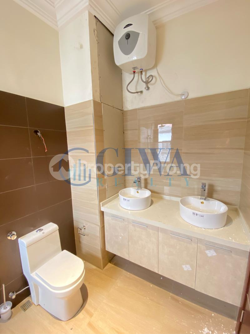 4 bedroom Terraced Duplex House for sale Victoria Island Lagos - 11