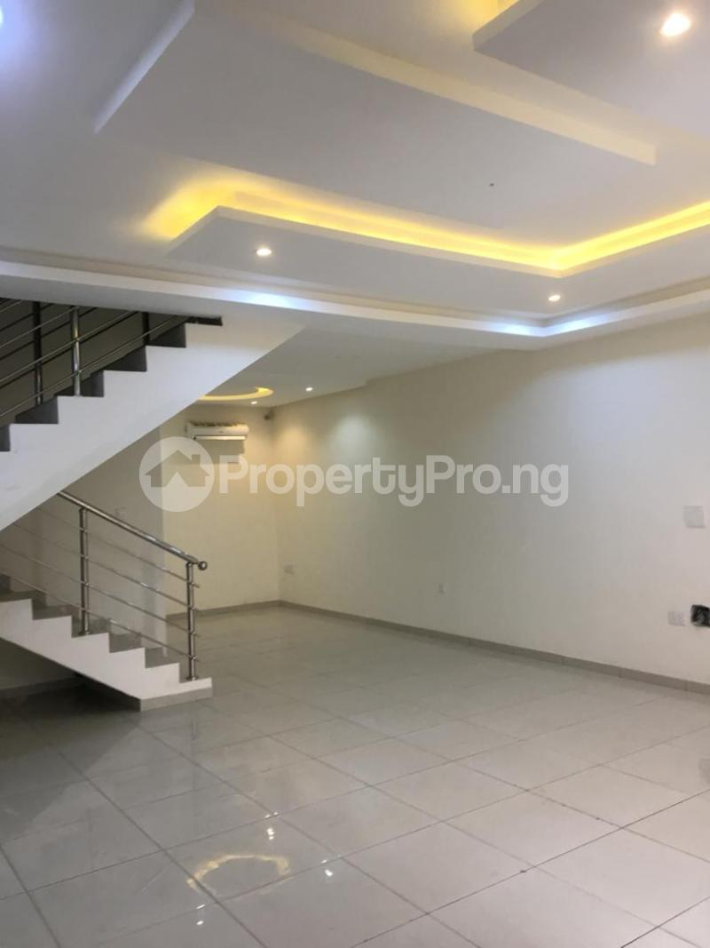 4 bedroom Terraced Duplex House for rent ONIRU Victoria Island Lagos - 5