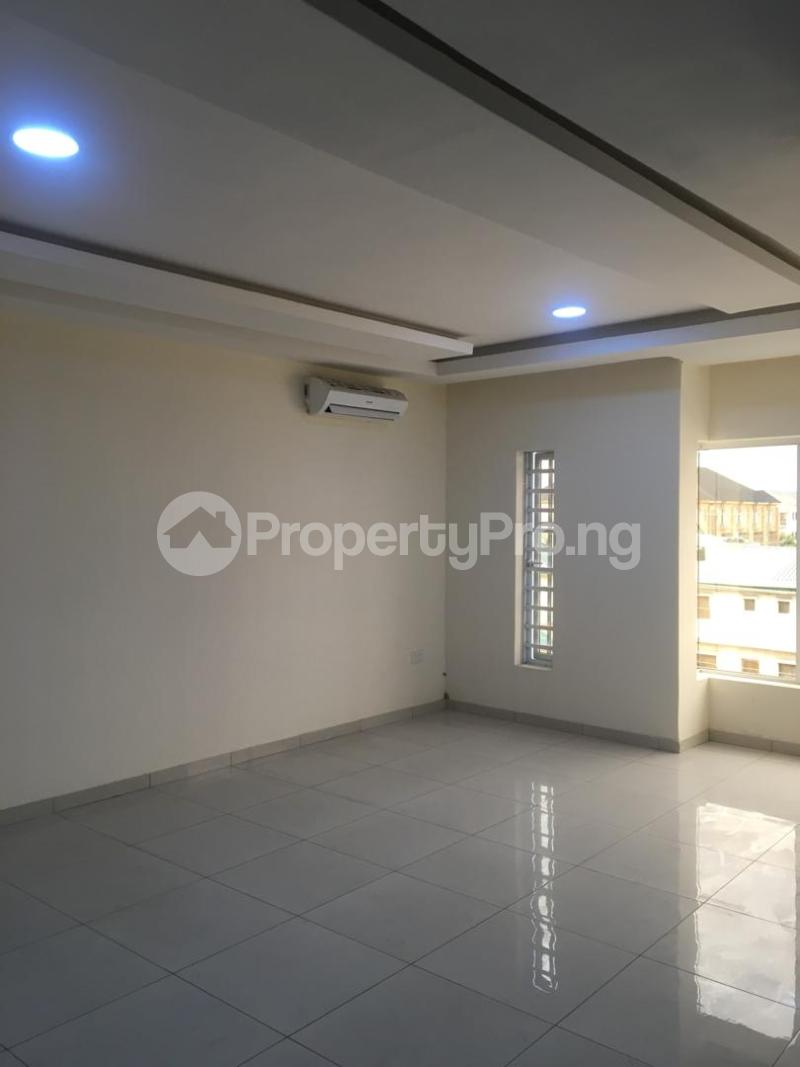 4 bedroom Terraced Duplex House for rent ONIRU Victoria Island Lagos - 13