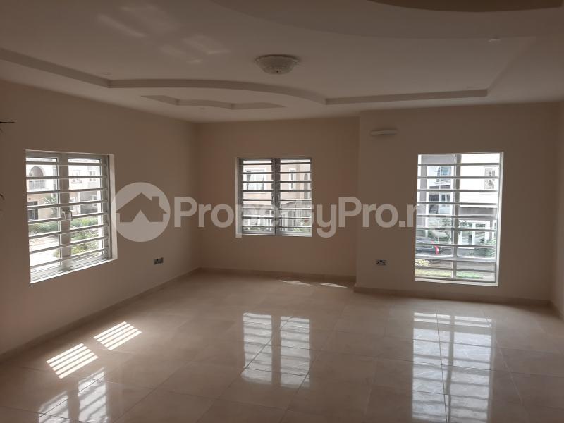 4 bedroom Detached Duplex for rent Shoprite Monastery Road Sangotedo Ajah Lagos - 11