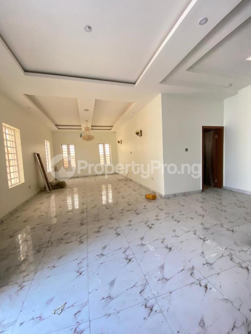 4 bedroom Detached Duplex for sale 2nd Lekki Tollgate. Lekki Phase 1 Lekki Lagos - 2