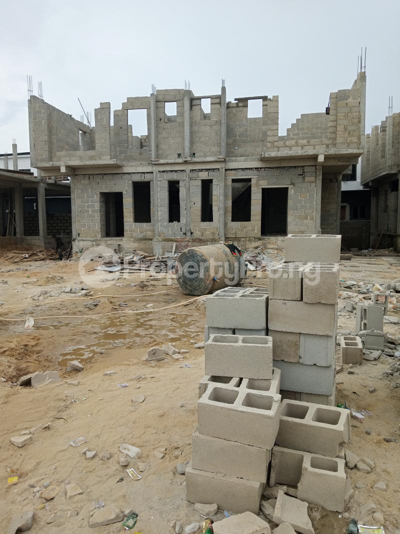 4 bedroom Semi Detached Duplex for sale Bridge Estate Before Chevron Tollgate. chevron Lekki Lagos - 4