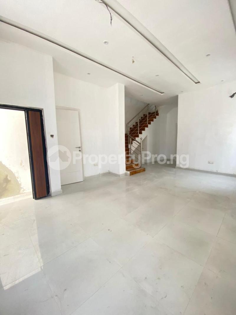 4 bedroom Semi Detached Duplex for sale 2nd Lekki Tollgate Lekki Phase 2 Lekki Lagos - 3