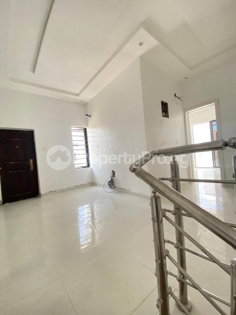 4 bedroom Semi Detached Duplex for sale 2nd Lekki Tollgate Lekki Phase 2 Lekki Lagos - 4