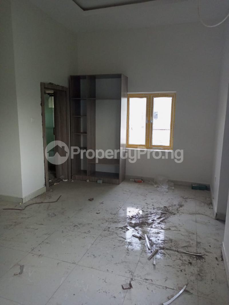 4 bedroom Semi Detached Duplex for sale G Empire Garden Close To Asoroko. Guzape Abuja - 10