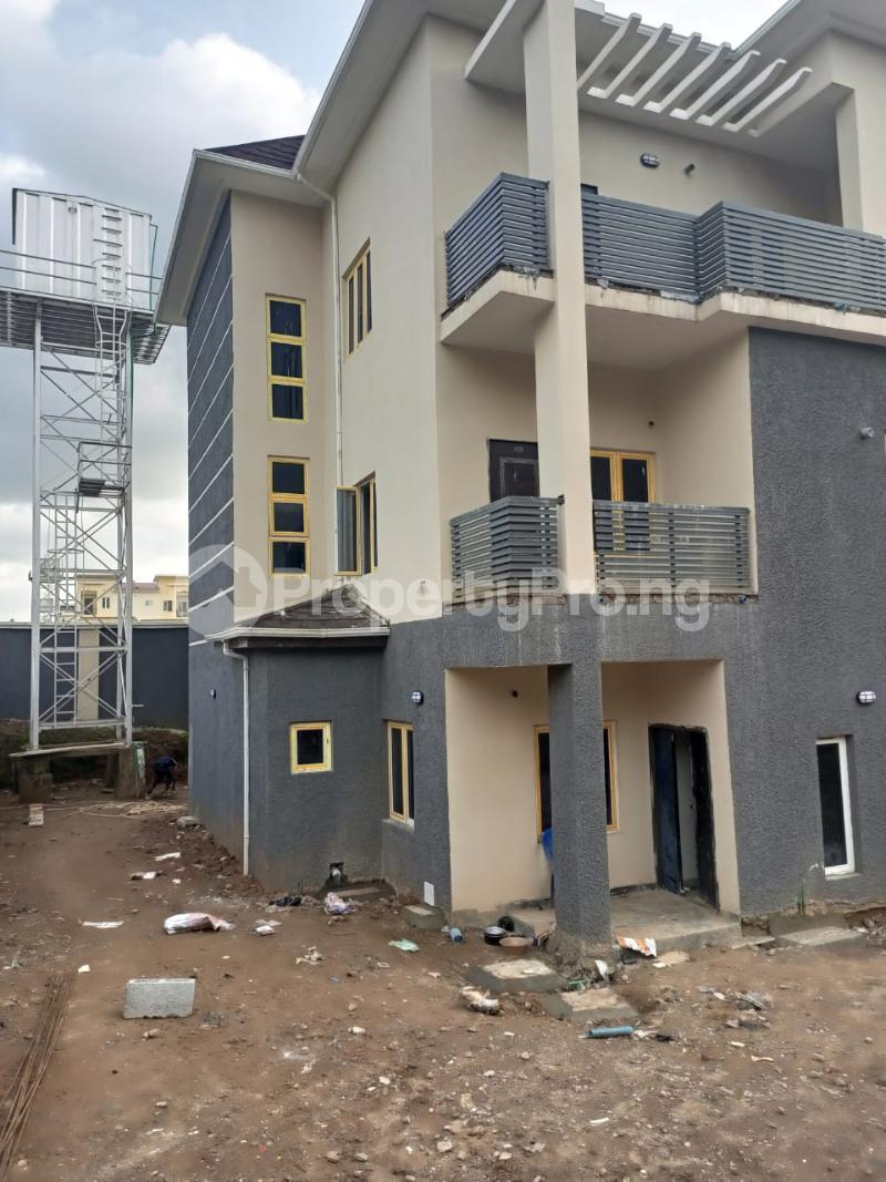 4 bedroom Semi Detached Duplex for sale G Empire Garden Close To Asoroko. Guzape Abuja - 8