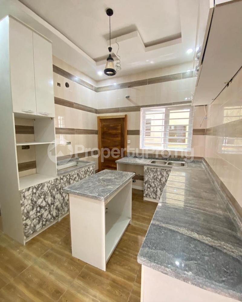 4 bedroom Terraced Duplex for sale 2nd Tollgate. Lekki Lagos - 4