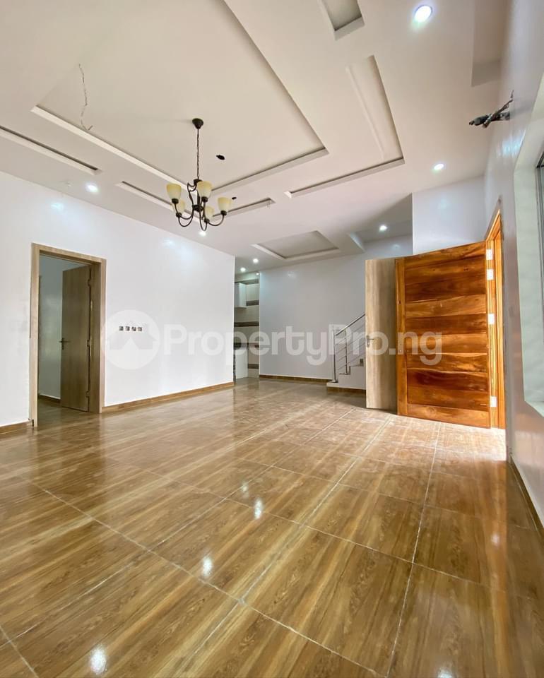 4 bedroom Terraced Duplex for sale 2nd Tollgate. Lekki Lagos - 2