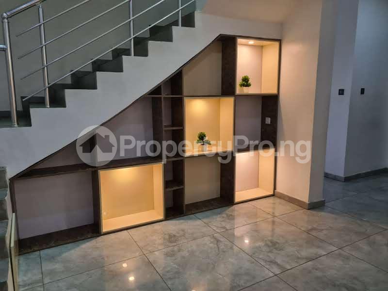 5 bedroom Semi Detached Duplex House for shortlet Off Yusuf Abiodun way ONIRU Victoria Island Lagos - 32