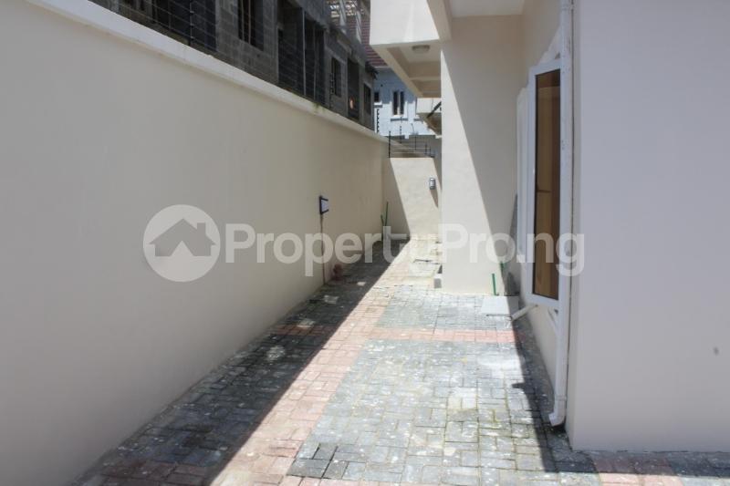 5 bedroom Detached Bungalow House for sale - chevron Lekki Lagos - 13