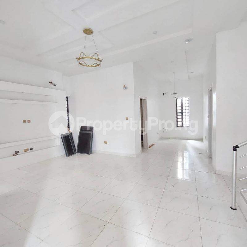 5 bedroom Detached Duplex for sale Chevron Road chevron Lekki Lagos - 4