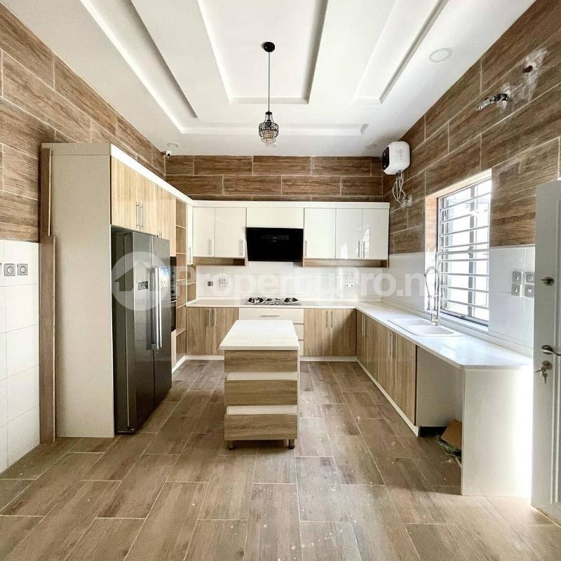5 bedroom Detached Duplex for sale Eletu Osapa london Lekki Lagos - 3