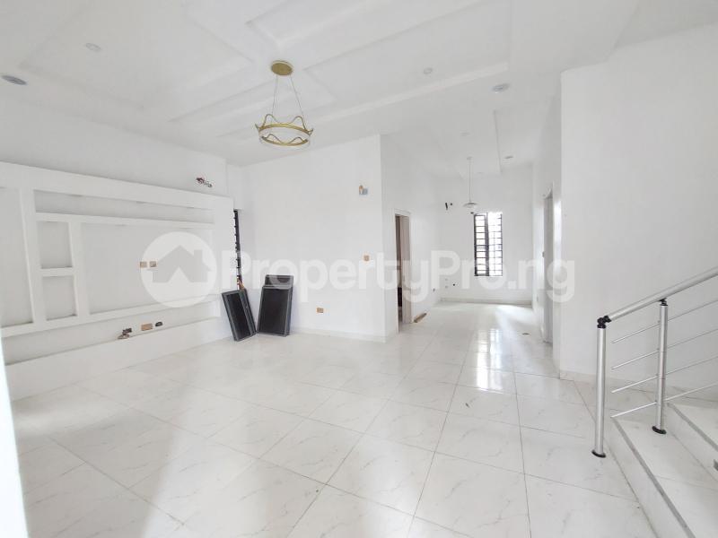 5 bedroom Detached Duplex for sale Chevron Road chevron Lekki Lagos - 5