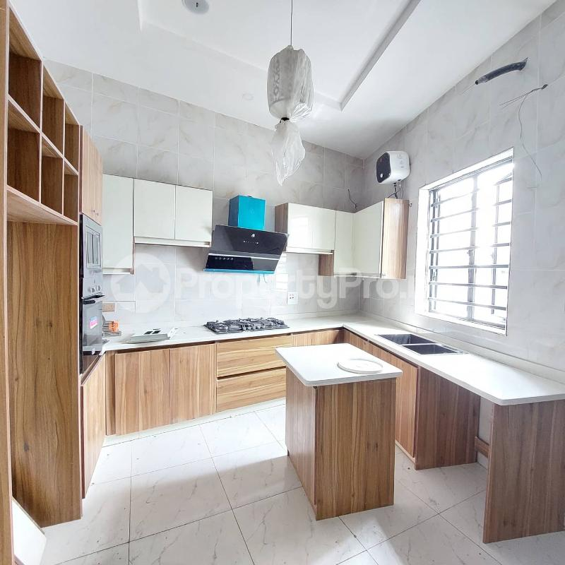 5 bedroom Detached Duplex for sale Chevron Road chevron Lekki Lagos - 1