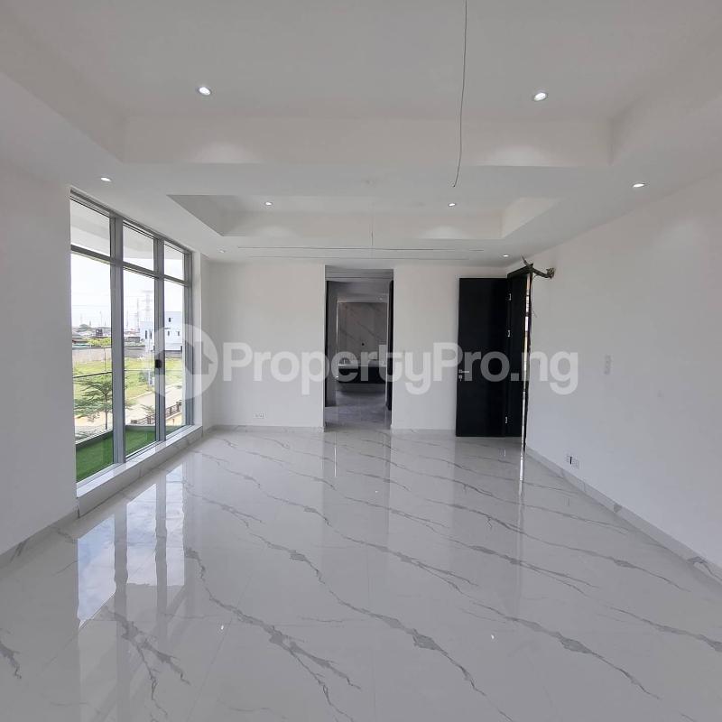 5 bedroom Detached Duplex for sale Lakeview Estate Phase 1 VGC Lekki Lagos - 4