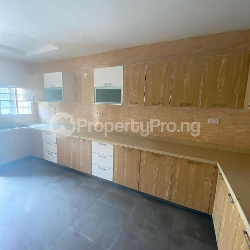 5 bedroom Terraced Duplex House for sale Idado Lekki Lagos - 7