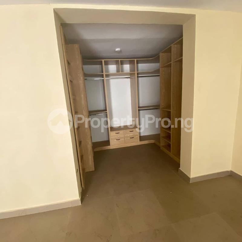 5 bedroom Terraced Duplex House for sale Idado Lekki Lagos - 8
