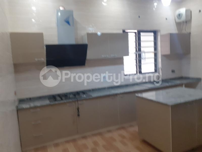 5 bedroom Detached Duplex House for sale bera estate chevron Lekki Lagos - 3