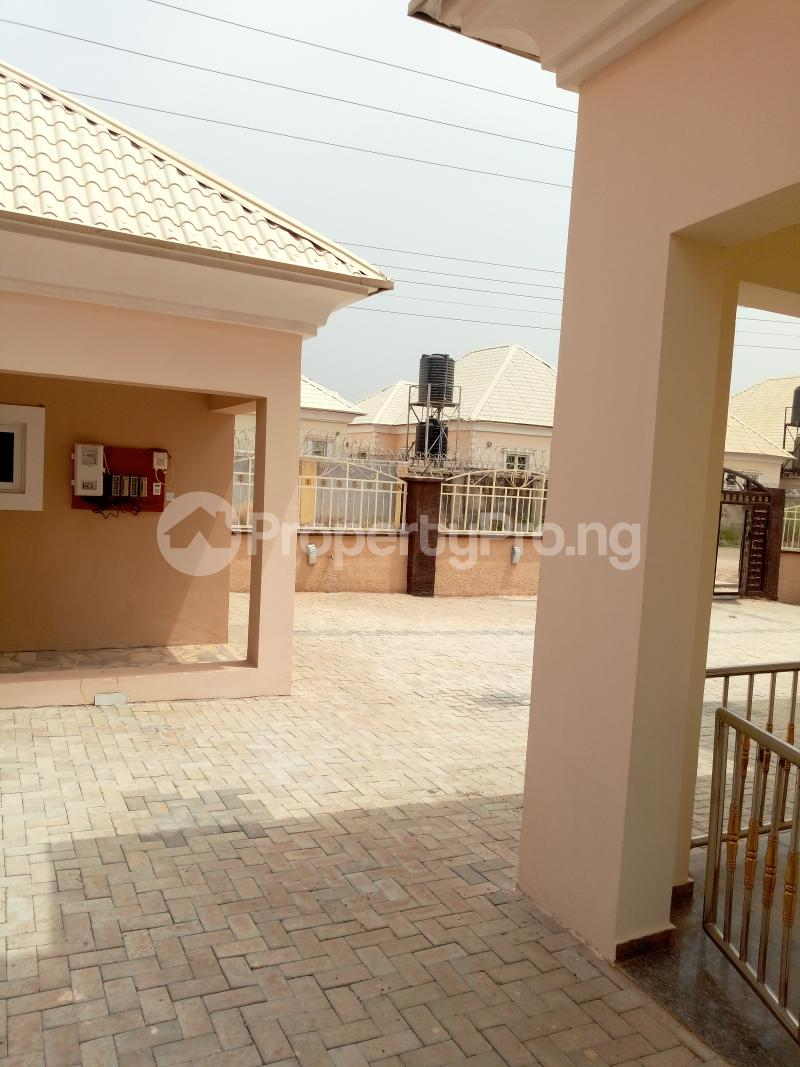 5 bedroom Massionette House for sale Lovely Estate by Sunnyvale Galadinmawa Abuja - 12