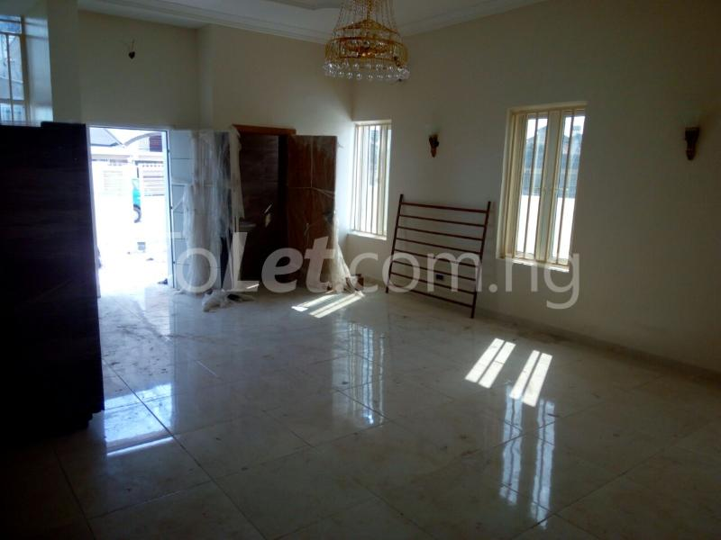 5 bedroom House for sale Ikate by Second Round about behind prime water view estate Lekki Phase 1 Lekki Lagos - 1