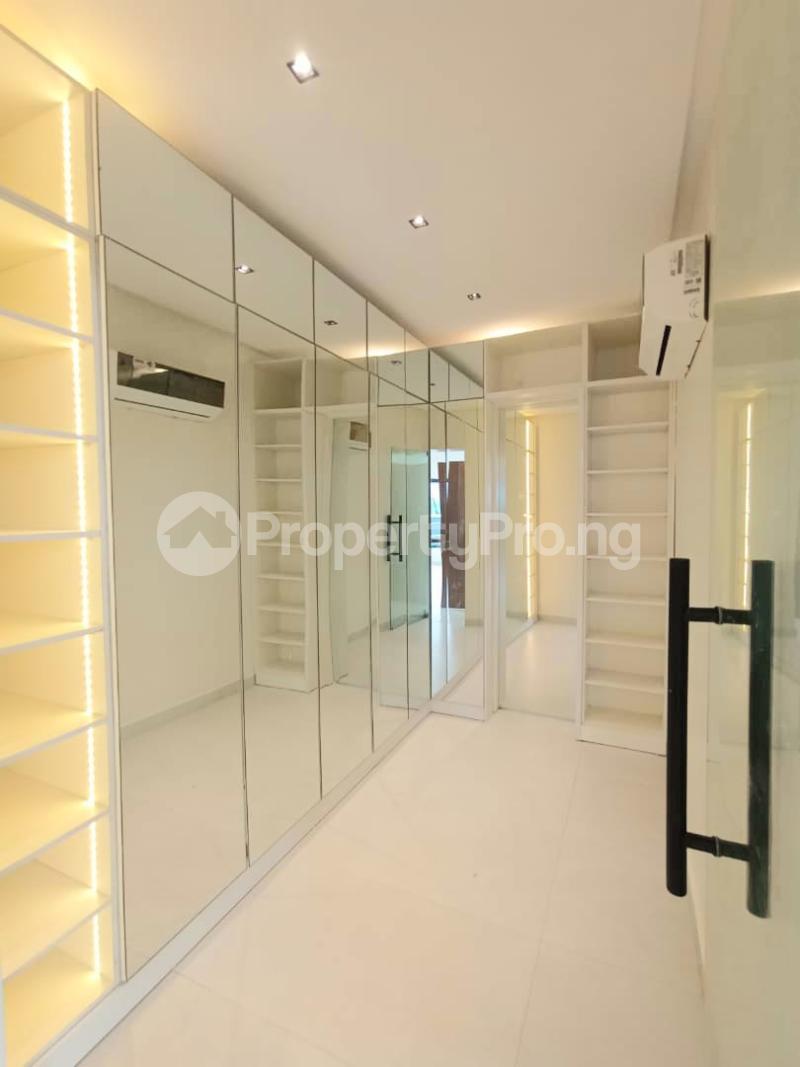6 bedroom Detached Duplex for sale Kuwa Road Kubwa Abuja - 10