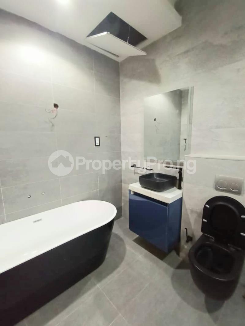 6 bedroom Detached Duplex for sale Kuwa Road Kubwa Abuja - 12