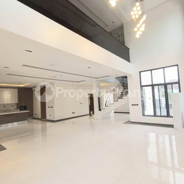 6 bedroom Detached Duplex for sale Kuwa Road Kubwa Abuja - 8