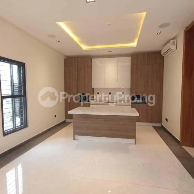 6 bedroom Detached Duplex for sale Kuwa Road Kubwa Abuja - 4