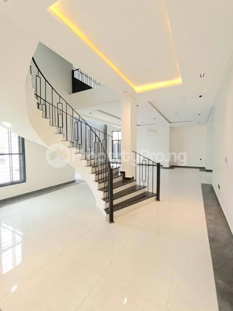 6 bedroom Detached Duplex for sale Kuwa Road Kubwa Abuja - 1