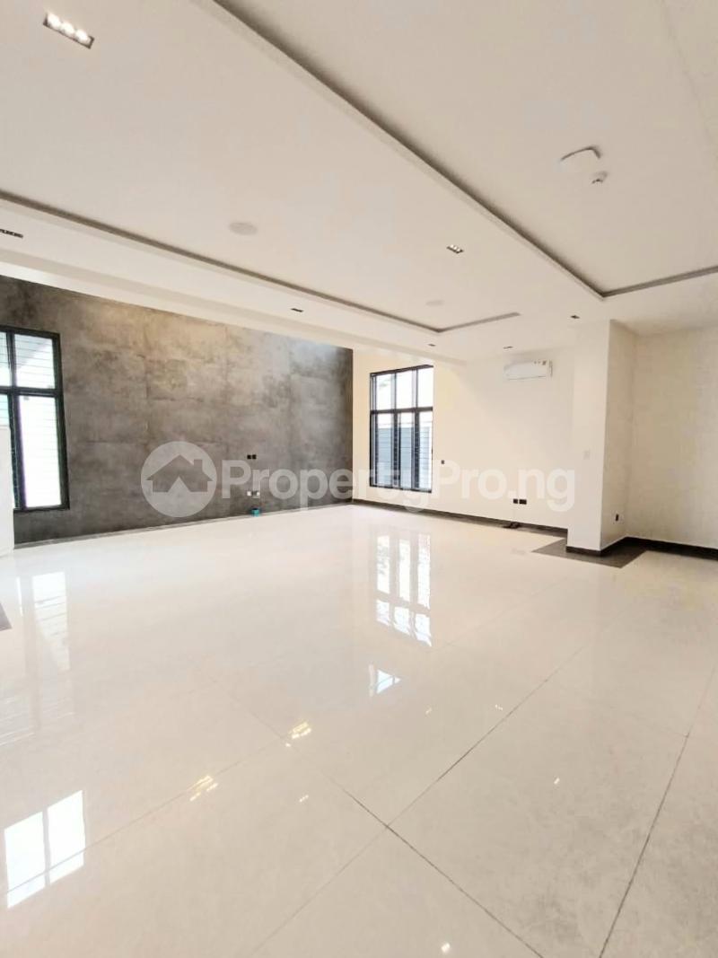 6 bedroom Detached Duplex for sale Kuwa Road Kubwa Abuja - 11