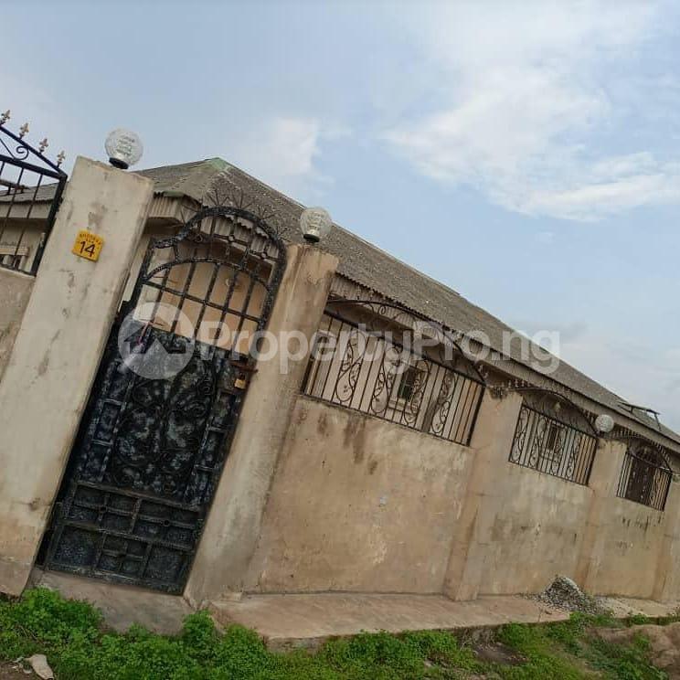 7 bedroom Detached Bungalow for sale Off Abekoko Ifo Lagos Ifo Ifo Ogun - 0