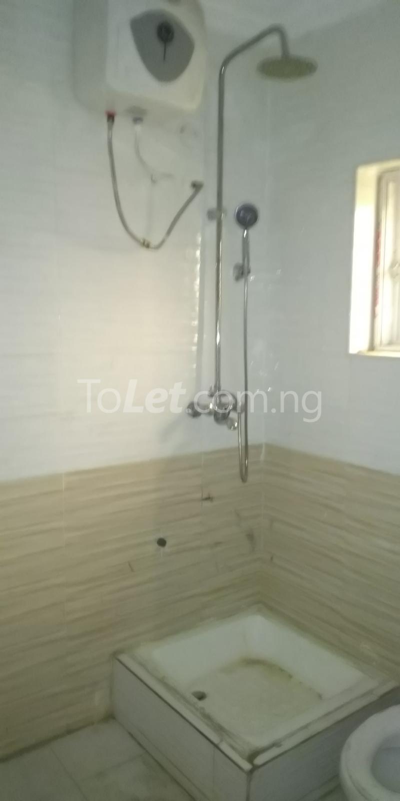 2 bedroom Flat / Apartment for rent Iponri Estate  Iponri Surulere Lagos - 9