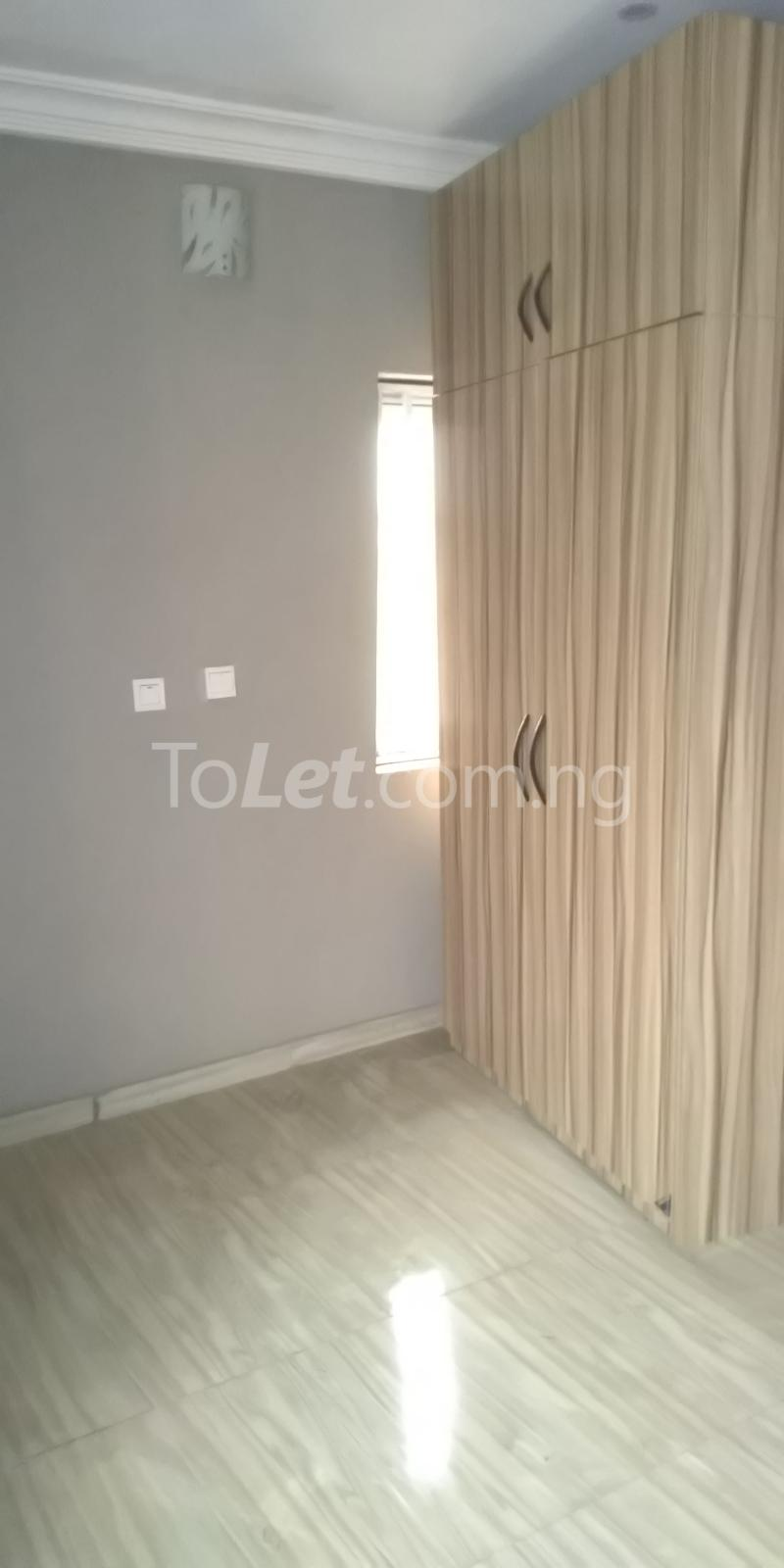 2 bedroom Flat / Apartment for rent Iponri Estate  Iponri Surulere Lagos - 7