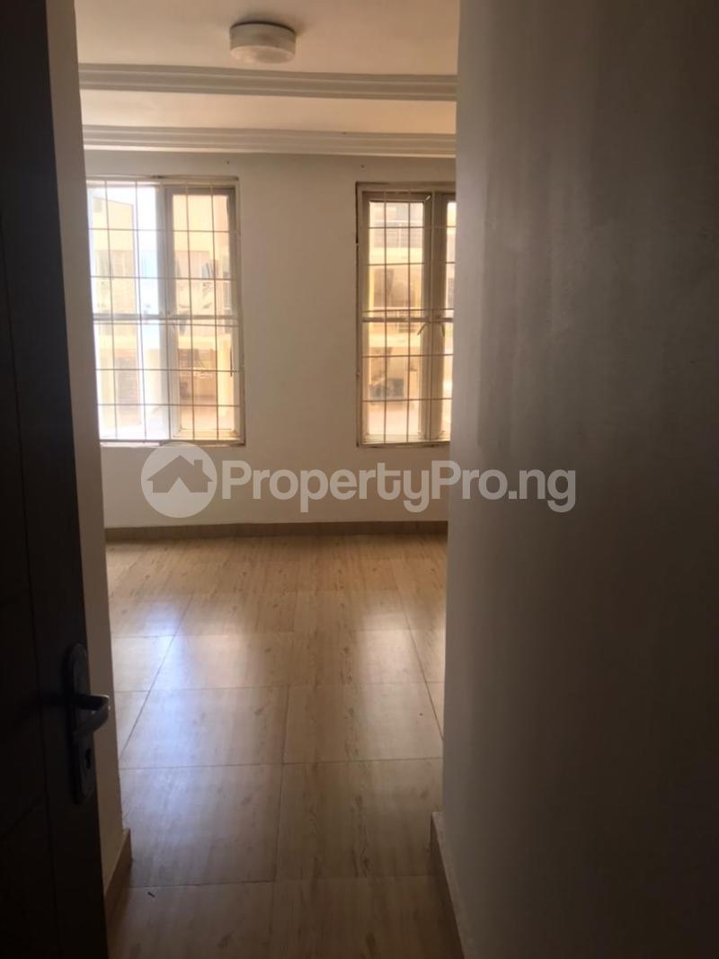 3 bedroom Massionette for rent Gaduwa Abuja - 10