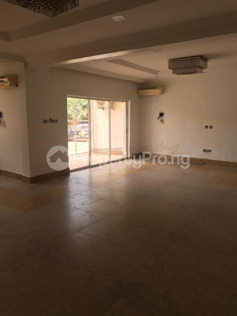 3 bedroom Massionette for rent Gaduwa Abuja - 18