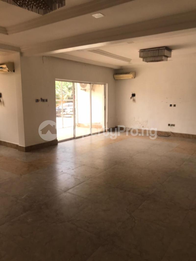 3 bedroom Massionette for rent Gaduwa Abuja - 17